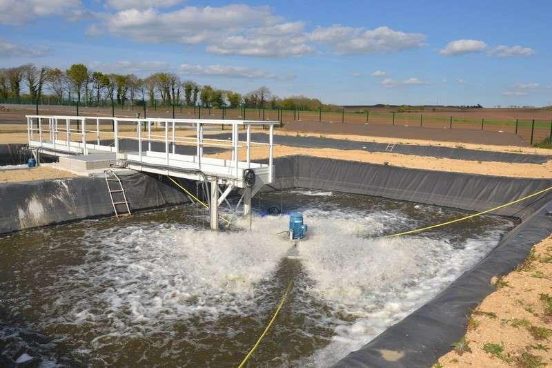 Micro-station pour le traitement de jus de lixiviat d'algues et de déchets verts